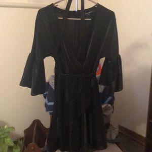 French Connection (size 6) black cocktail dress